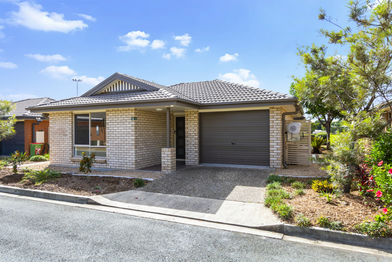 It doesn't get any better than this - Milford Grange 13 - UNDER DEPOSIT 13/32  Grange Road - Eastern Heights 4305 Retirement Property for Sale