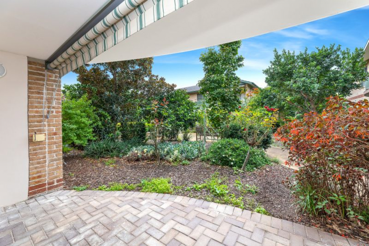 Garden style unit with easy level access and warm and sunny north aspect - Settle prior to the 30 September 2021 and receive a $5000 gift Visa Card