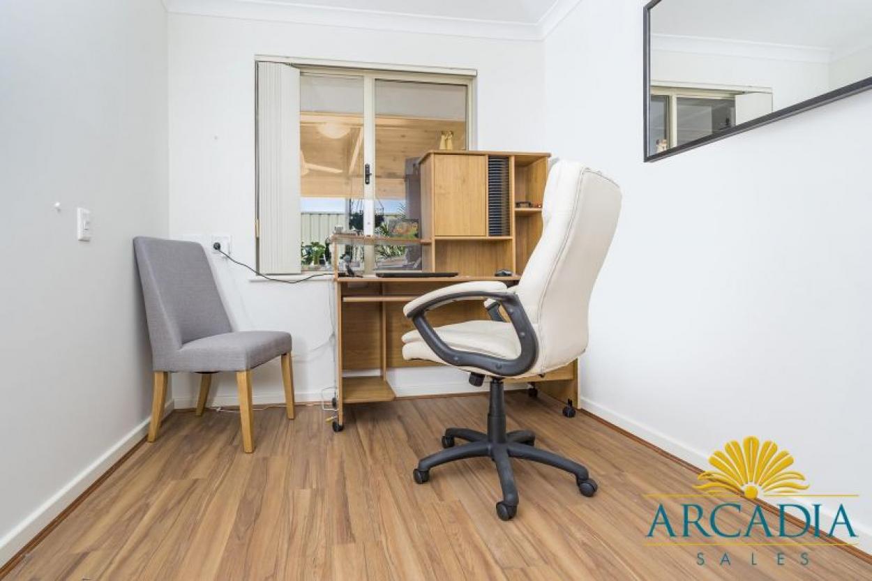 ARCADIA WATERS GERALDTON - 3 Bedroom with Amazing Enclosed Rear Patio
