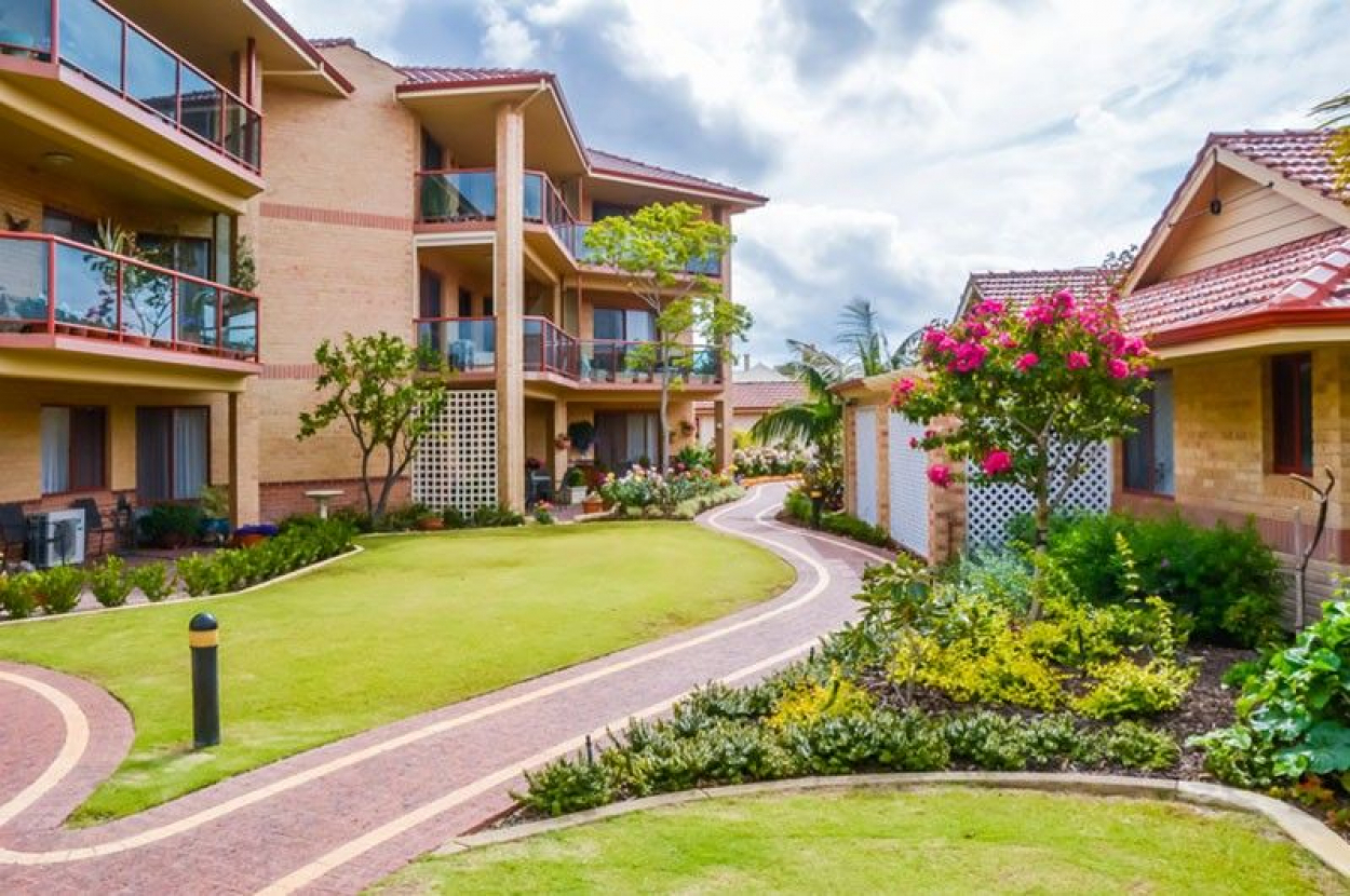 ARCADIA WATERS BICTON - Great Location with City Views