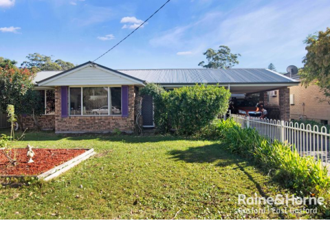 Immaculate and Low Maintenance Family Home