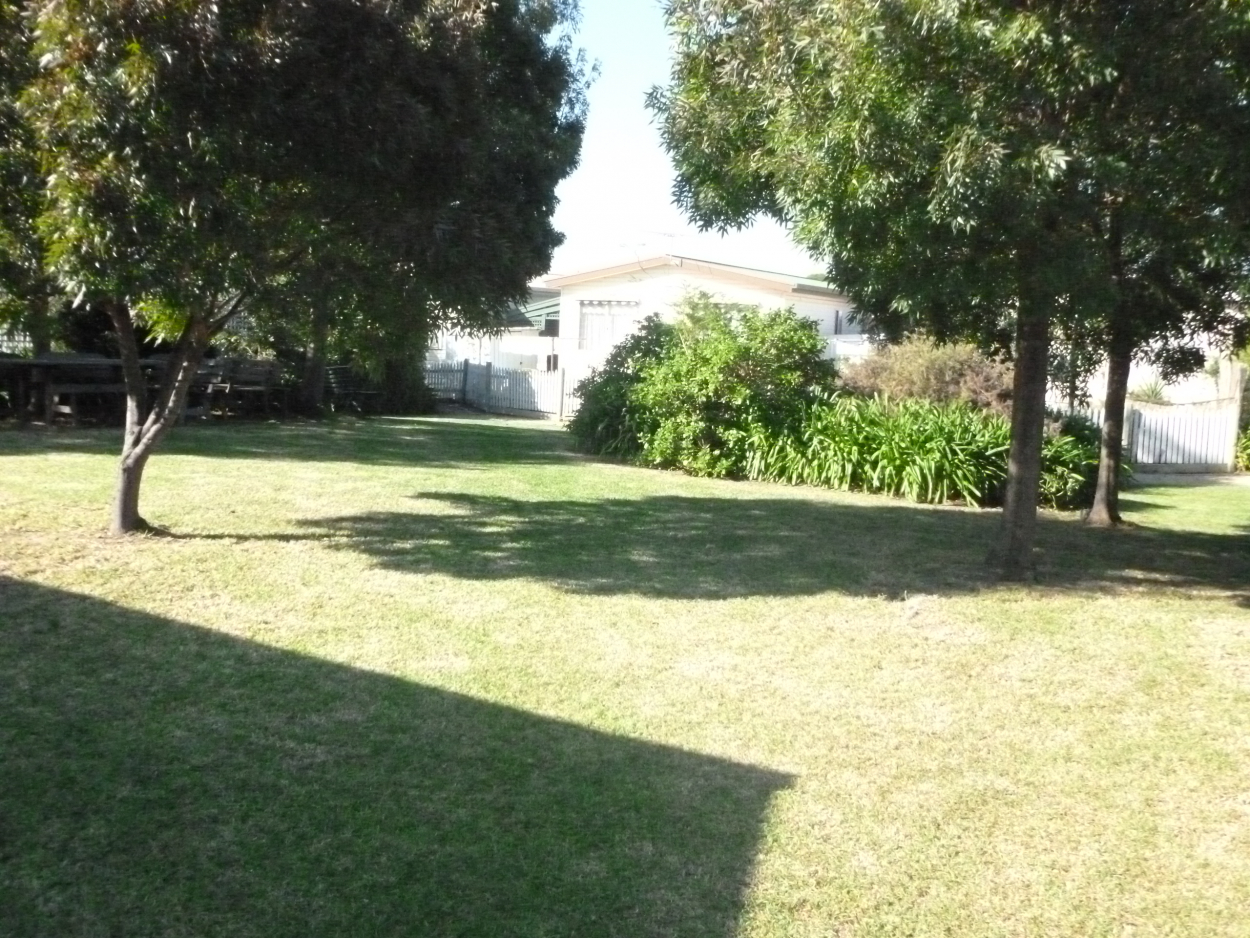 Why not Downsize and have Money left in the Bank  2 Gremel Road - Reservoir 3073 Retirement Property for Sale