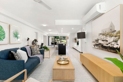 Stunning large unit with garden!