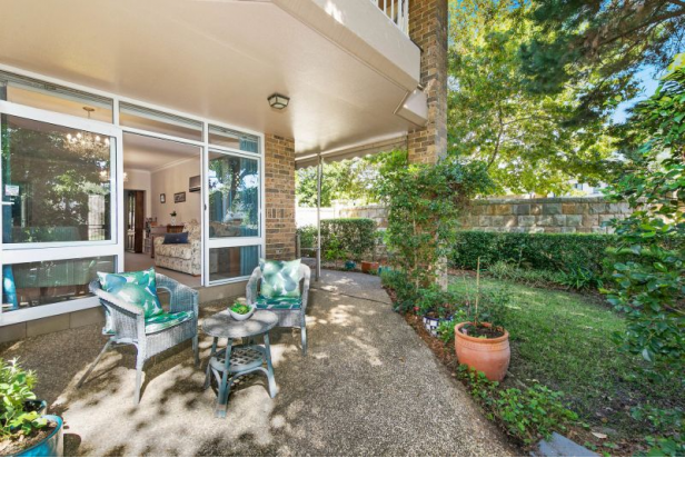 Charming North-Facing Light-Filled Garden Apartment – Perfect for Downsizers