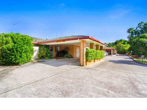 Coolamon Villa