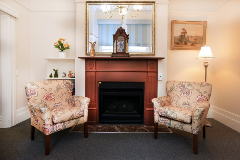 Churches of Christ Care Oak Towers Aged Care Service