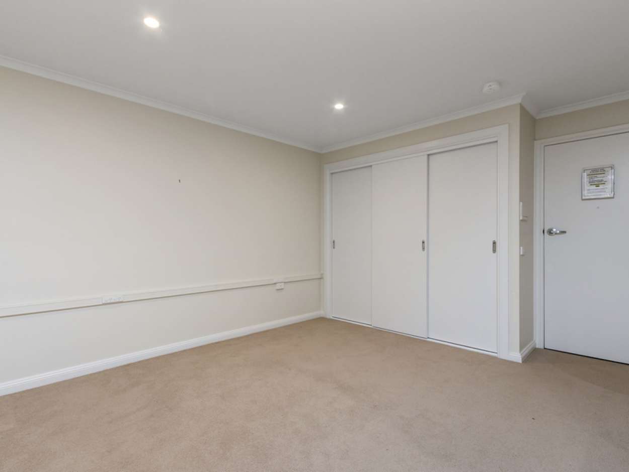 Modern serviced apartment with quality inclusions