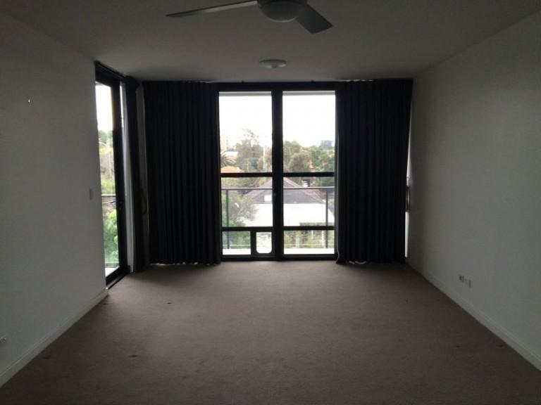 1 BEDROOM TOP FLOOR APARTMENT IN THE EXCLUSIVE ECLIPSE COOKS HILL