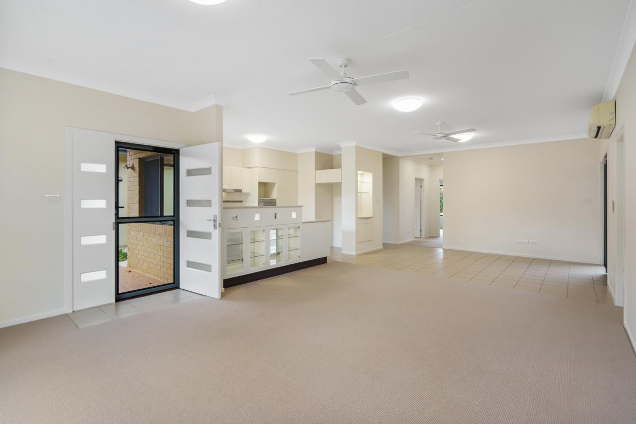 Modern, open plan living - Moreton Shores 28 - UNDER DEPOSIT 28/101 King Street - Thornlands 4164 Retirement Property for Sale