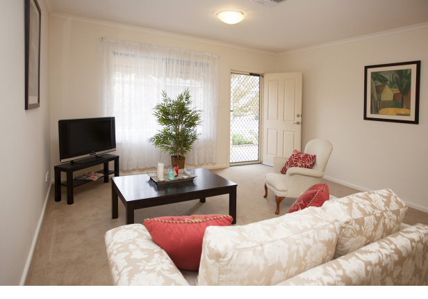 Ideally located between the beach and the City