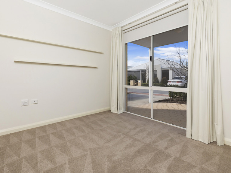 Enjoy a perfect blend of convenience, value and lifestyle in this beautifully presented home.