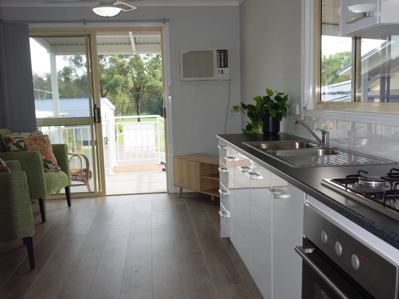 Hometown Australia - Lake Macquarie $165,000