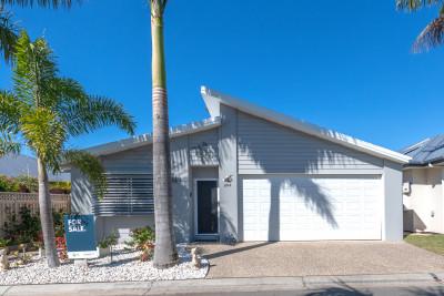 Villa 204 Palm Lake Resort