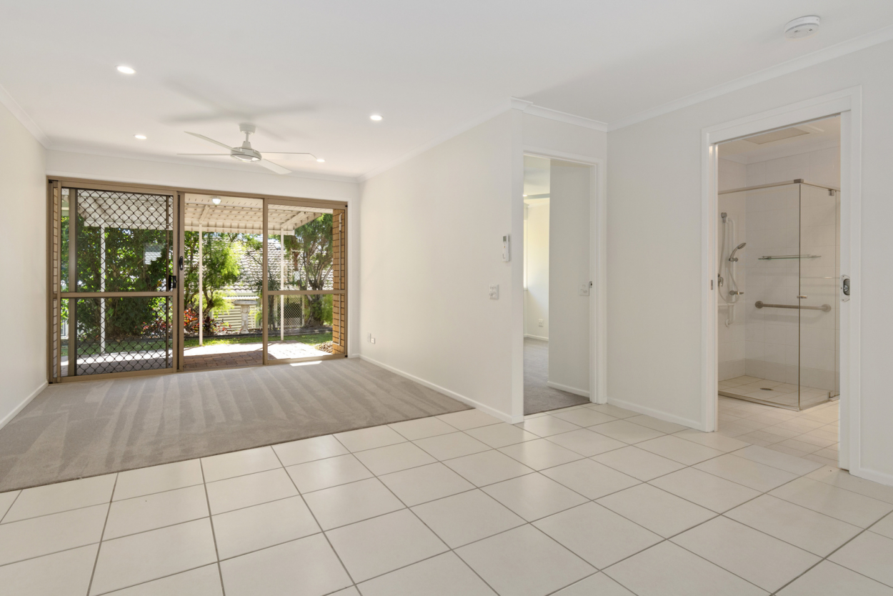 Light and bright - Cazna Gardens 4 4/465 Hellawell Road - Sunnybank Hills 4109 Retirement Property for Sale