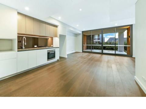Stylish Ground Floor Garden Apartment