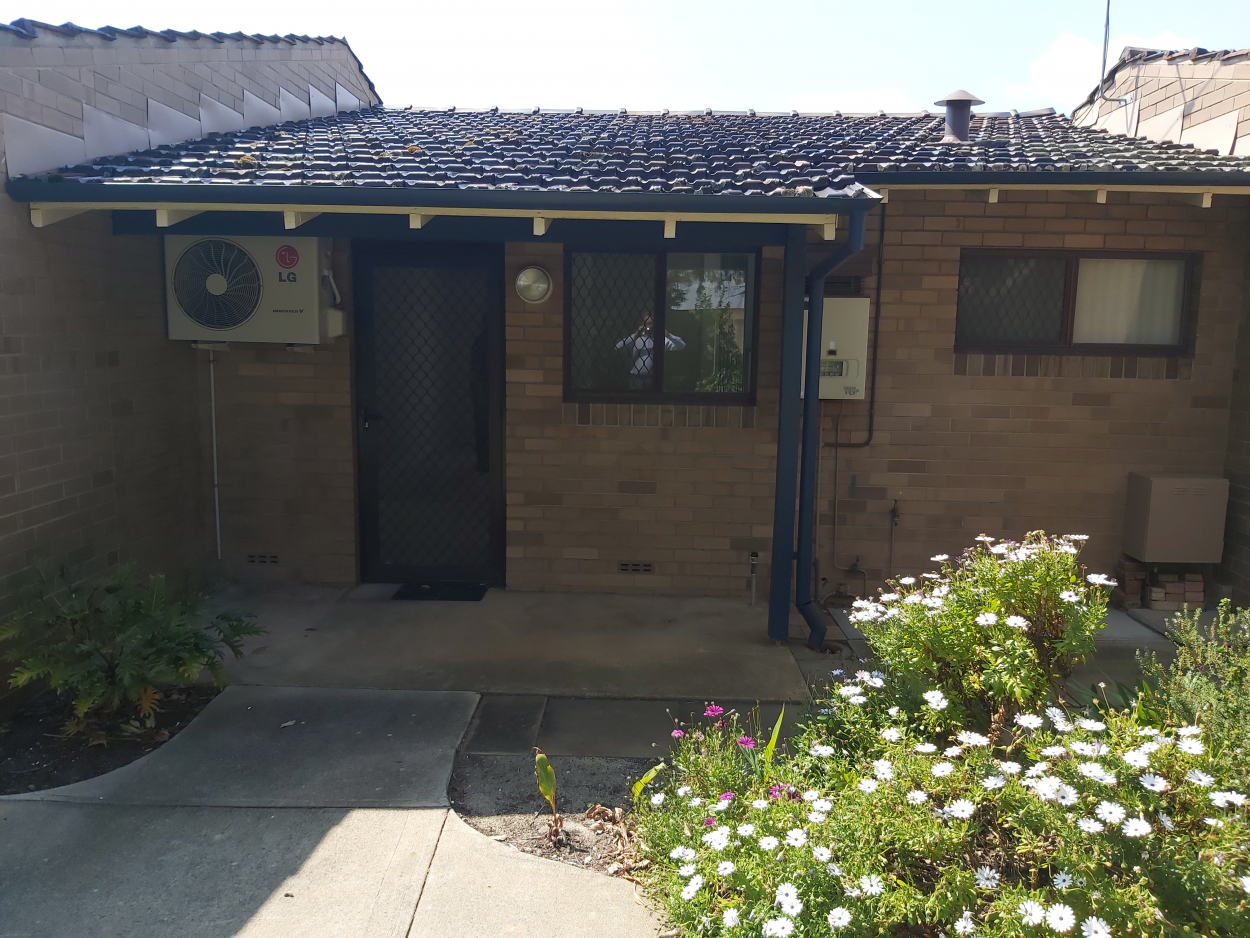Refurbished One Bedroom Villa 28/ 40-44 Worley St, WILLAGEE 6156 WA - Willagee 6156 Retirement Property for Sale