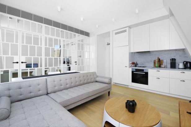 Top Floor Apartment In Amazing Location