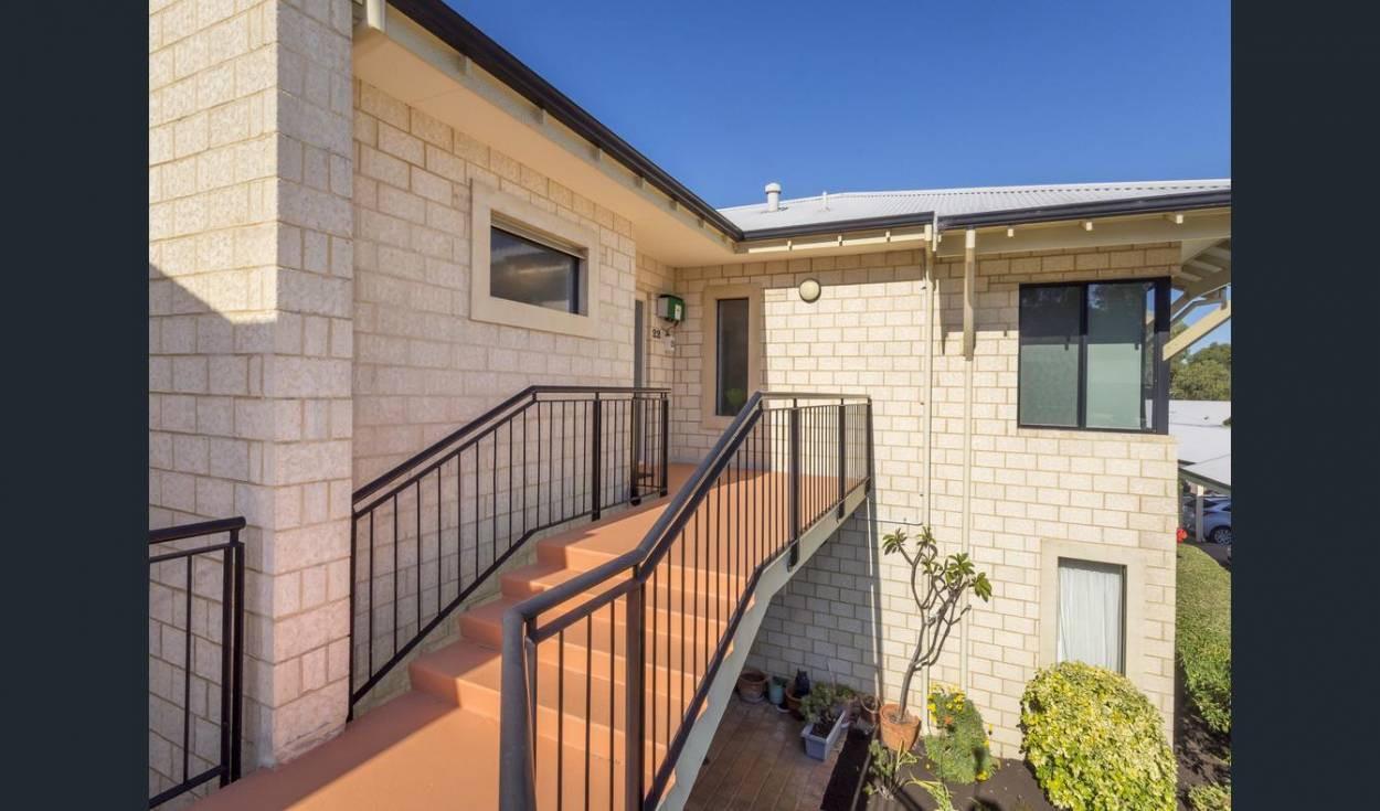 Amana Living  21  Oakmont Avenue - Meadow Springs 6210 Retirement Property for Sale