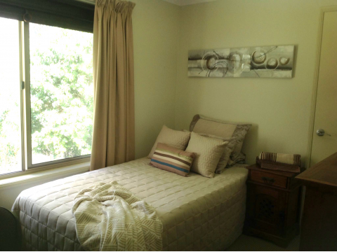 Room for Rent Parkwood close to GC Uni, GC Private and Public Hospital, Light Rail