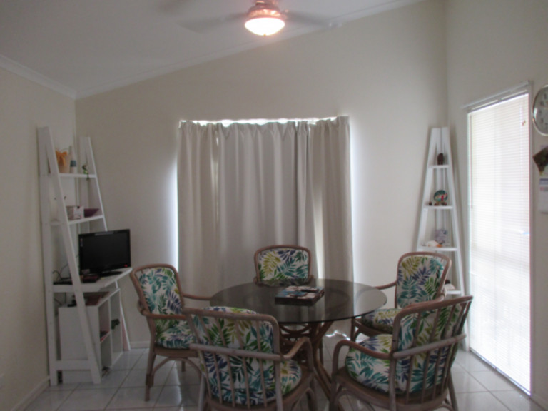Palm Lake Resort - Retirement Living By the Bay