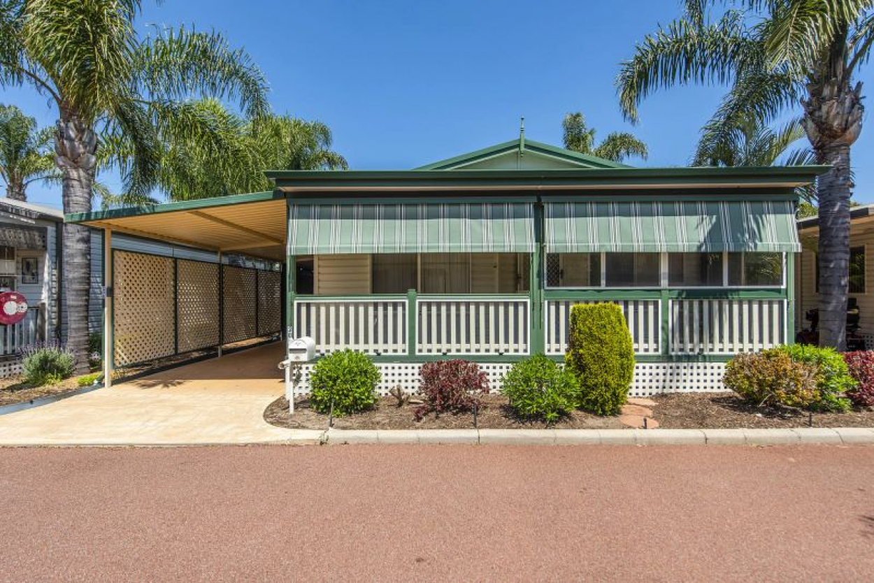 Riverside Gardens - Site 208