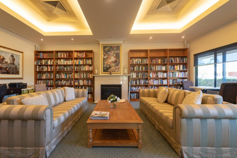 Villa 18 Lawley Park Village