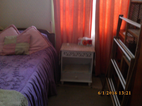 Private SHORT TERM furnished room suited to mobile senior female