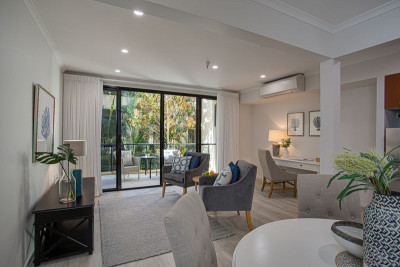 Spacious and open plan unit - perfect for entertaining