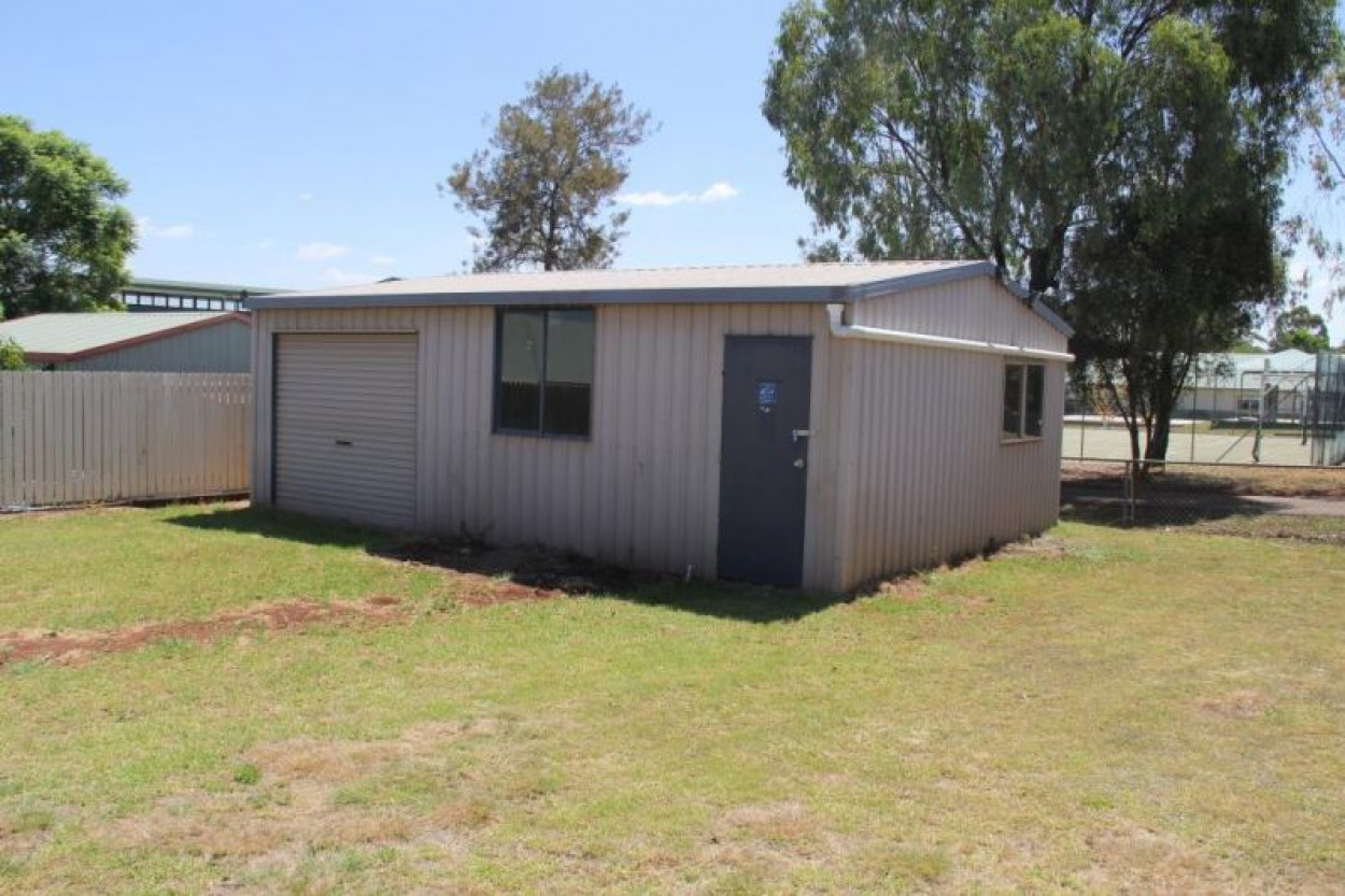 3 Bedroom Brick with AC and Shed!
