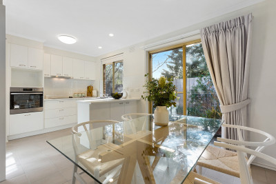 2 bedroom urban retreat in the heart of Stockland's Templestowe Village