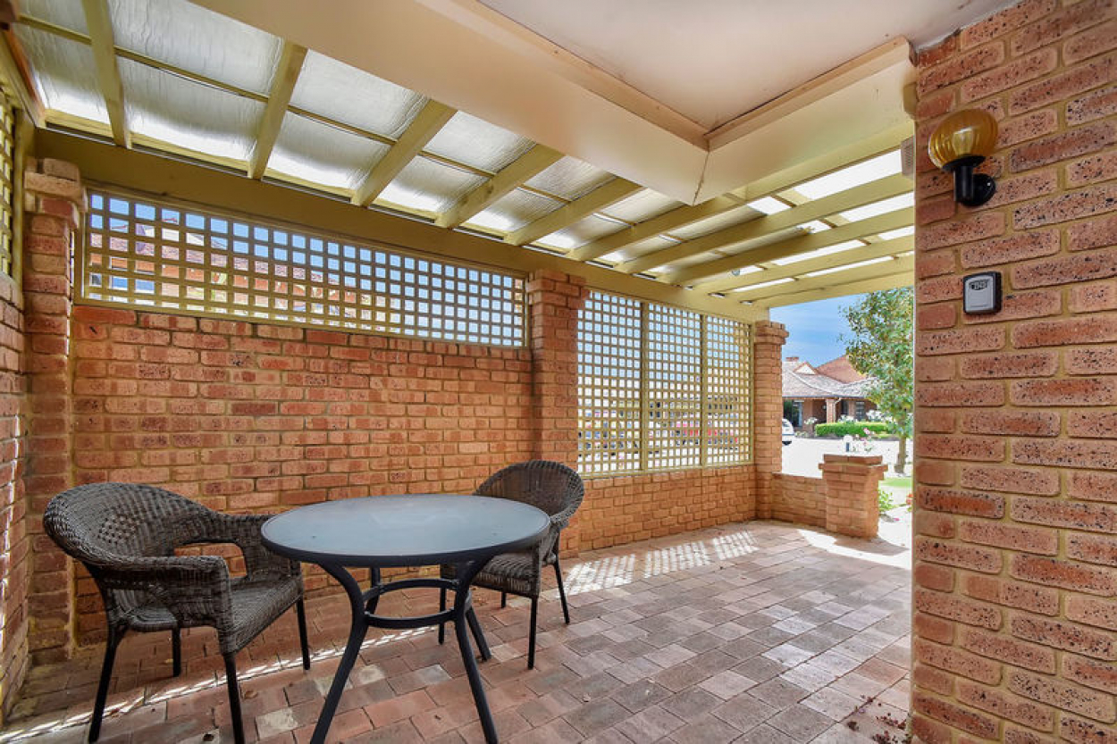 Well priced ground floor villa situated close to the clubhouse