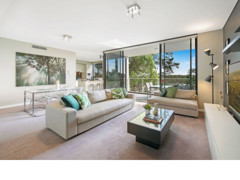 Designer Apartment in Lifestyle Location