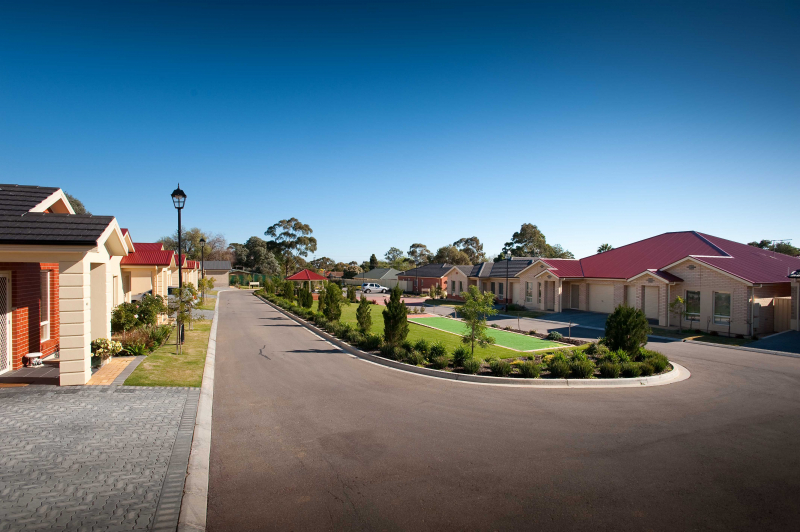Located close a variety of shopping centres and medical facilities, with local transport close by.