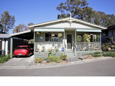 Gorgeous 3 Bedroom With Leafy Outlook at Bevington Shores Lifestyle Village - Halekulani - NSW