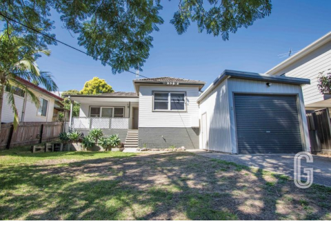 Fully Renovated Three Bedroom Home In Great Location
