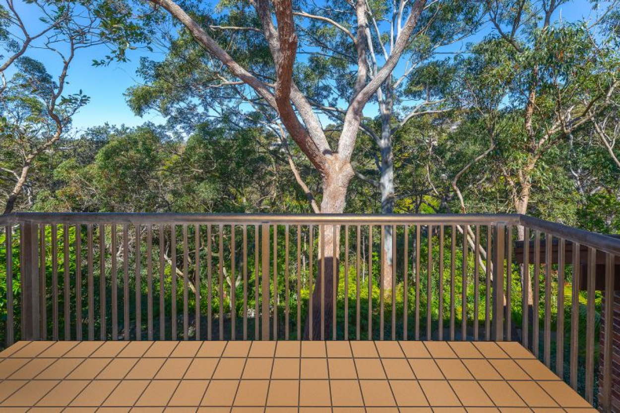 A home among the gum trees - Stunning outlook over Cromer Valley awaits new retirees!