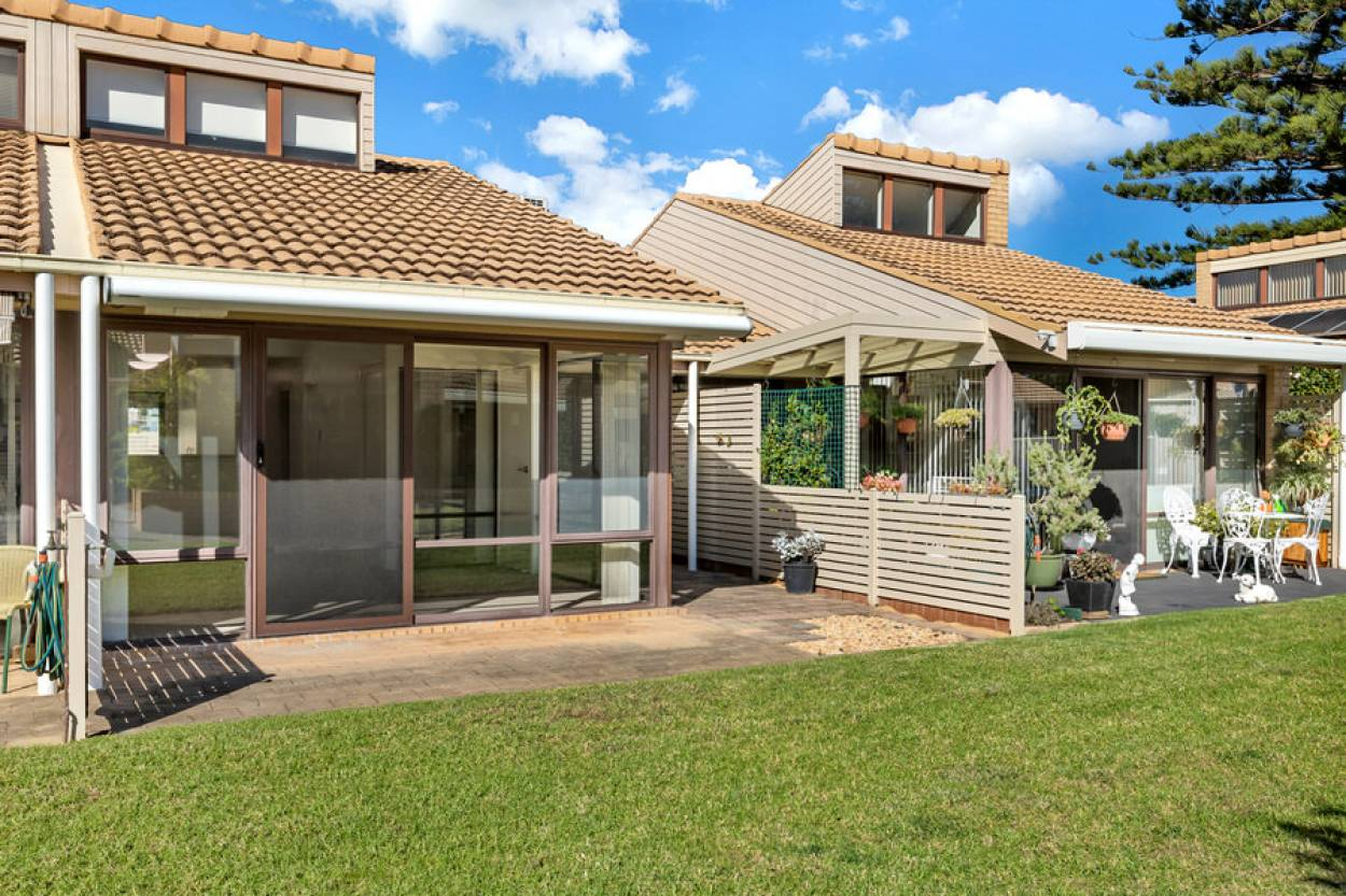 Enviable coastal lifestyle  43 Clyde Street  - Batemans Bay 2536 Retirement Property for Sale