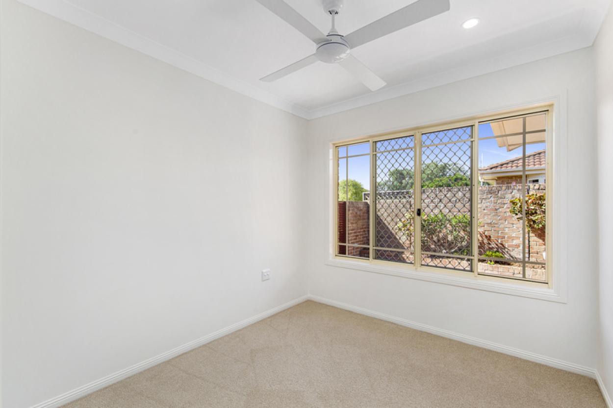 Sunny Two Bedroom, North Facing Villa