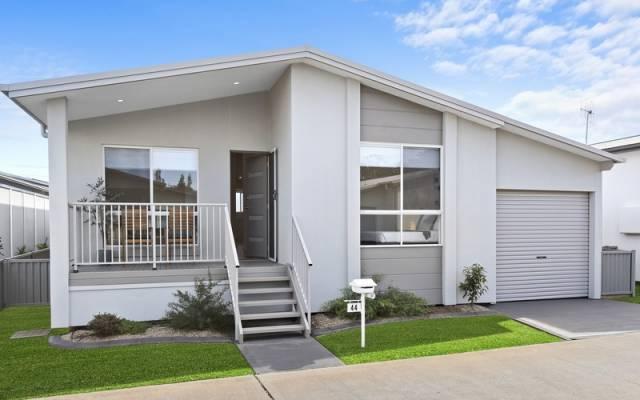 Newport Village - The Jarrah II Display Home