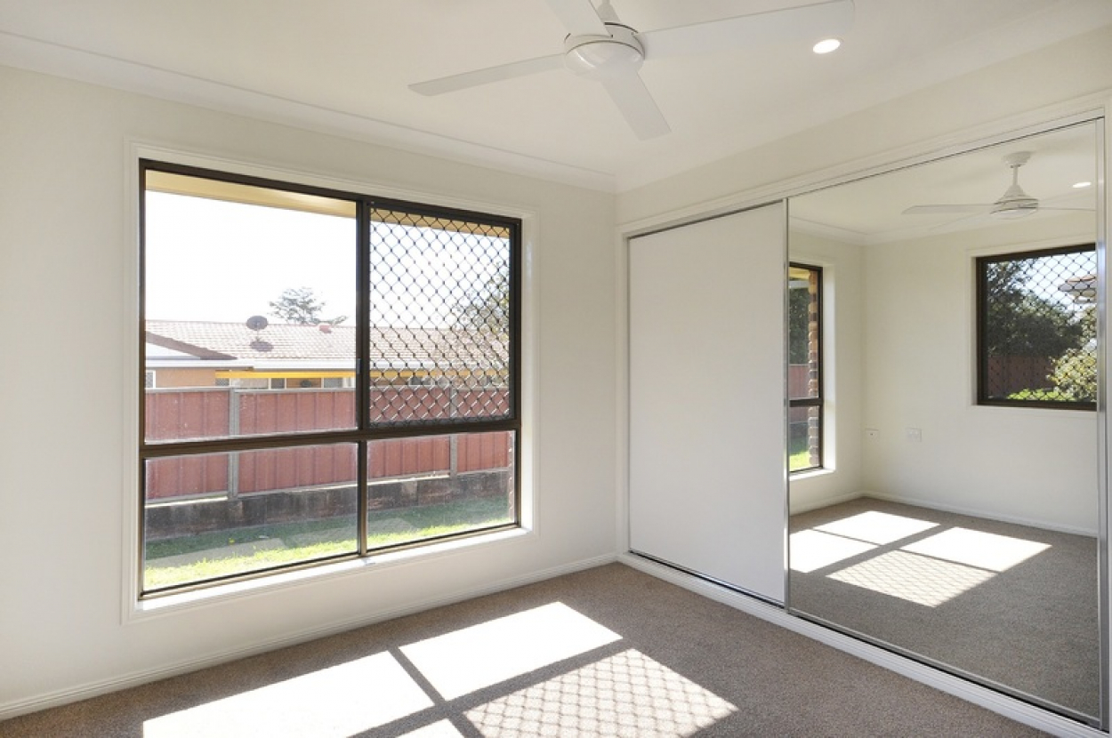Fully refurbished 2 bedroom villa in a quiet location