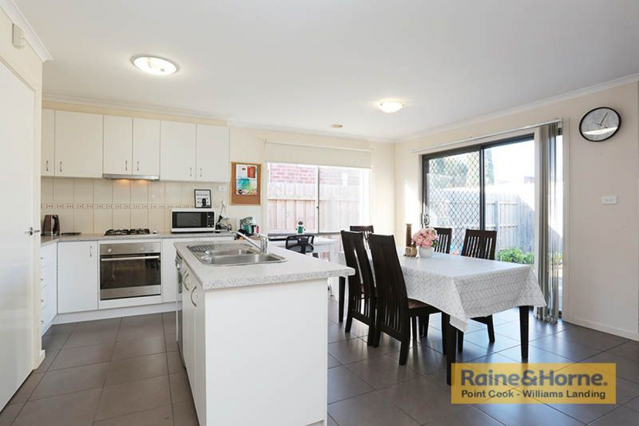 Classic 3 Bedroom Unit in Hoppers Crossing - By Appointment Only !