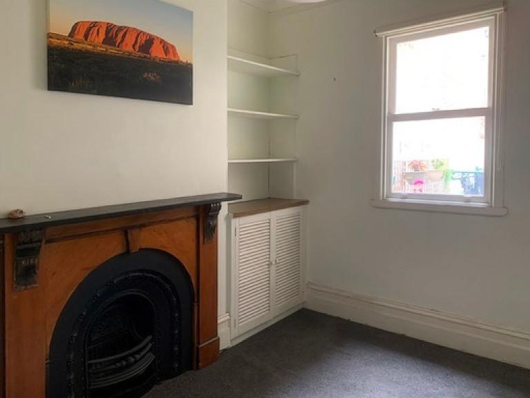 Carlton area single room