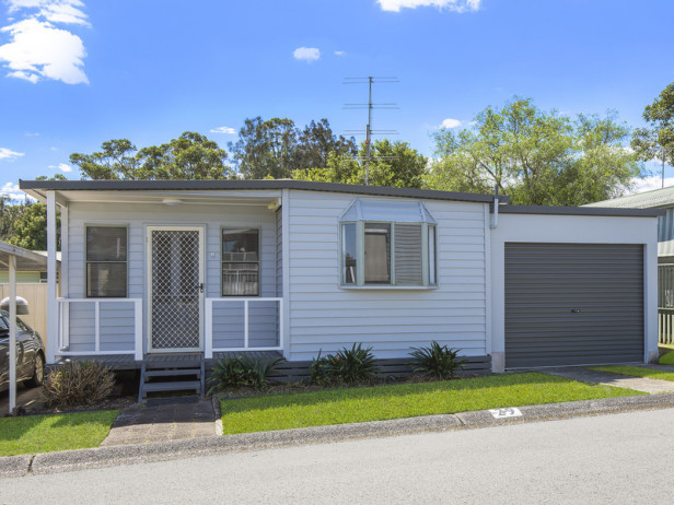Priced to sell, refurbished 2 bedroom home