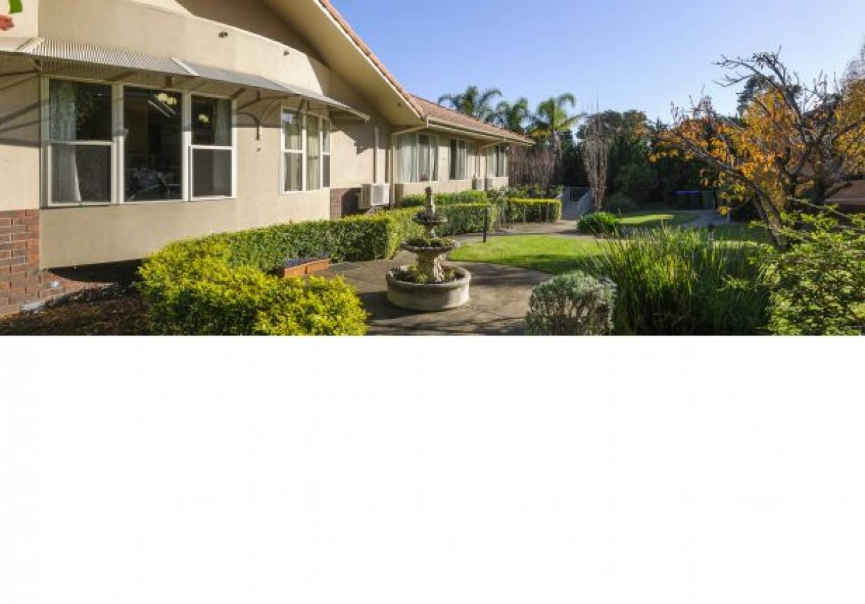 Life Care Glenrose Court - Residential Living