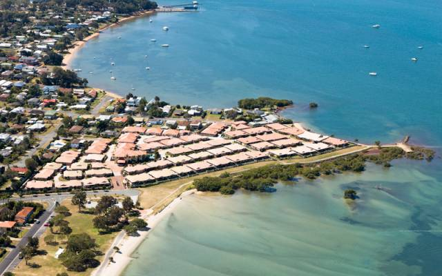 Spacious 2 bedroom,  2 bathroom villa in prime location! Tranquil Waters Beachfront Retirement Village