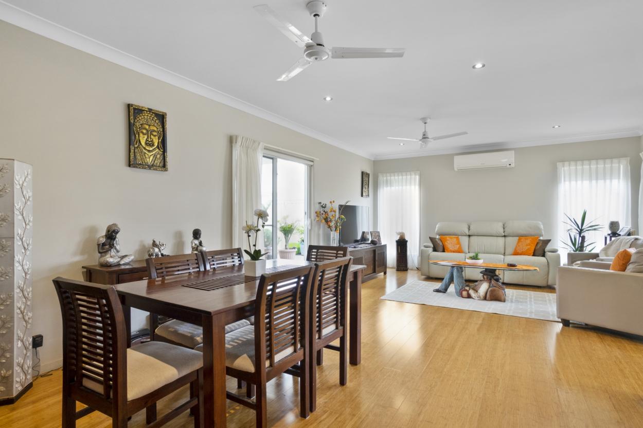 VILLA 105 - PALM LAKE RESORT TRUGANINA Villa 105/ 9 Taronga Rd - Truganina 3029 Retirement Property for Sale