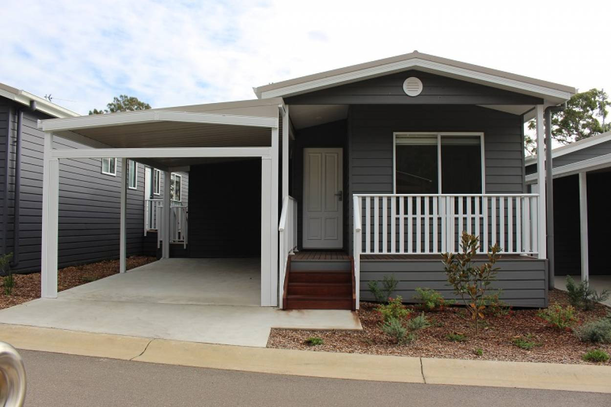 Findlay Avenue Chain Valley Bay Nsw For Sale