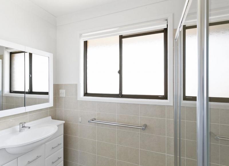 Sunny 2 Bedroom refurbished unit in Secure Retirement Village