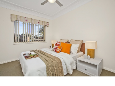 Excellent value Serviced Apartment close to everything!