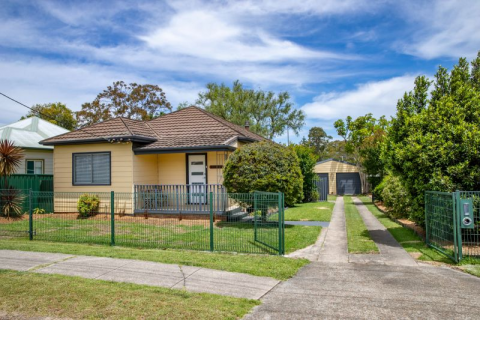 Ideal First Step, Close to Shops, Transport and TAFE
